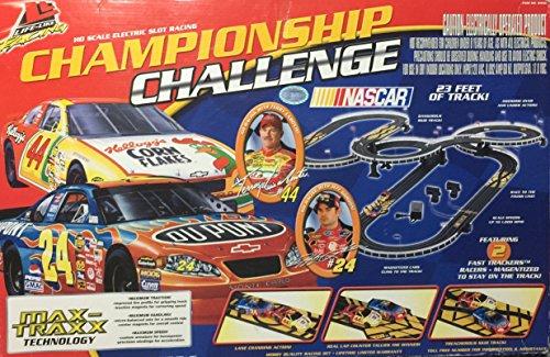 Life Like Racing Championship Challenge HO Electric Slot Car Racing Set-2005