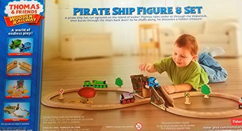 Thomas The Train Wooden Railway Pirate Ship Figure 8 Set Exclusive
