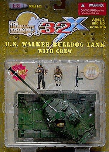 21st Century Toys - US Walker Bulldog Tank with Crew 132 Scale Plastic Set