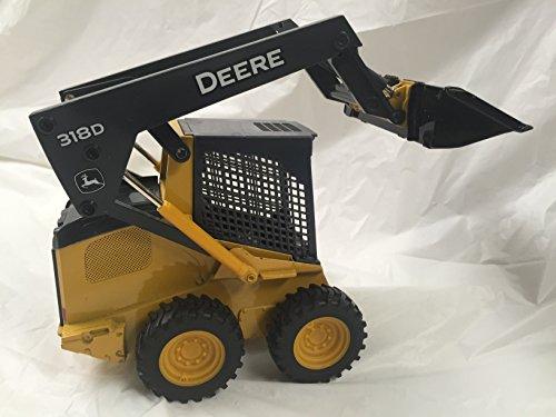 John Deere Ertl Diecast 318D Skid Steer Construction Vehicle