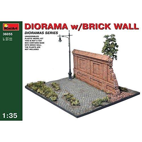 PLASTIC MODEL DIORAMA WITH BRICK WALL 135 MINIART 36055 item G4W8B-48Q59969