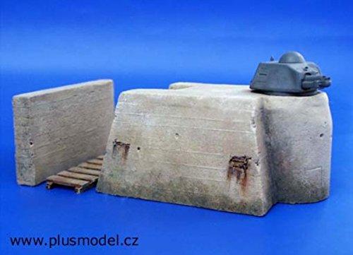 Plus Model 135 German Bunker Resin Diorama Accessory 044