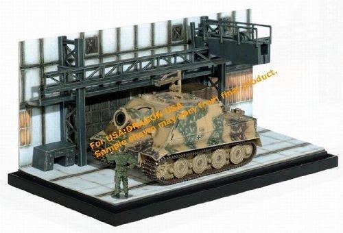 172 Sturmtiger - Ready for Battle Diorama by Dragon Armor