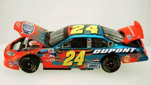 Action - Nascar - Jeff Gordon 24 - Pepsi Racing  Star Wars Episode I - 1999 Chevrolet Monte Carlo - 124 Scale Stock Car -