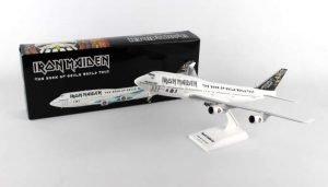 Daron SkyMarks Iron Maiden 747-400 1200 WGear Ed Force One SKR899 White