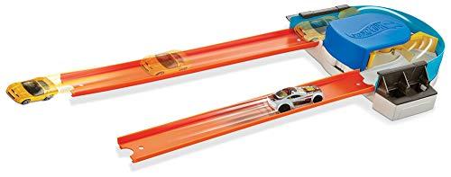 Hot Wheels Track Builder Custom Curve Kicker Playset