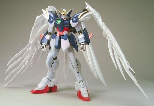 Bandai Hobby Wing Gundam Zero Custom Pearl Coating Bandai Perfect Grade Action Figure