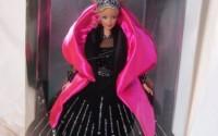 Barbie-Happy-Holidays-Special-Edition-Barbie-Doll-1998-16.jpg